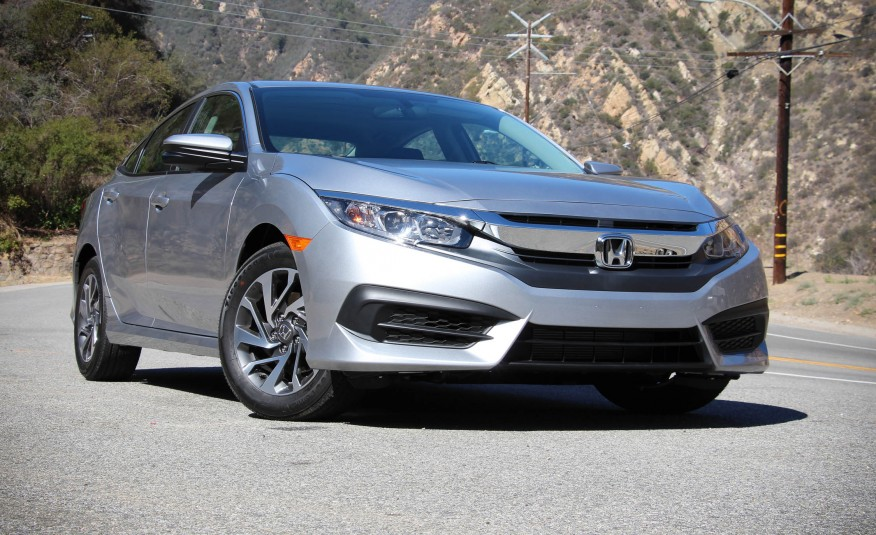 2016_Honda_Civic_sedan